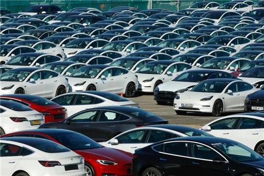 沃尔沃,李书福,新能源汽车,汽车销量,电动汽车
