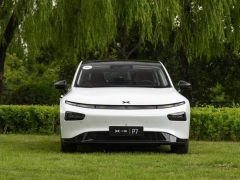 小鹏汽车P7值不值得买?看了车主真实的用车感受你就知道了!